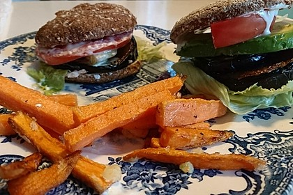 Tomaten-Auberginen-Avocado-Burger 63