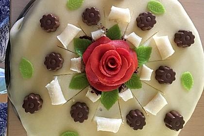 Marzipantorte mit White - Chocolate - Cream Füllung 1