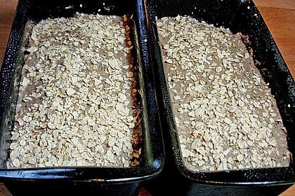Saftiges Mehrkorn - Schrotbrot mit verschiedenen Saaten 26