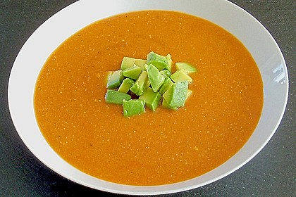 Tomaten - Kokos - Suppe mit Avocado 2