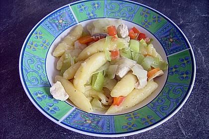 Schupfnudelpfanne mit Gemüse und Hähnchen 2