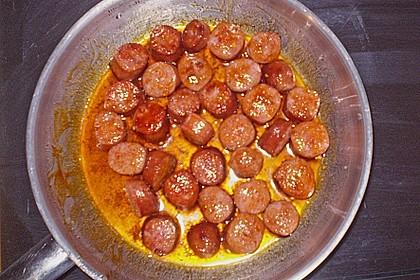 Rosenkohlsuppe mit Cabanossi und Basilikum 8