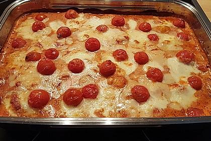 Gnocchi aus dem Ofen in Paprika-Tomaten-Sauce (Bild)