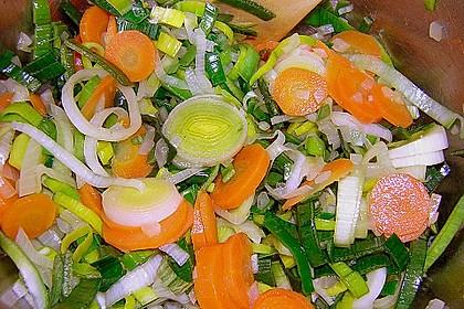 Afrikanische Erdnuss - Lauch - Suppe 11