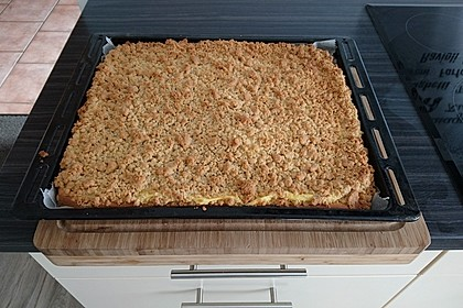 Hefekuchen vom Blech mit Pudding und Streuseln 23