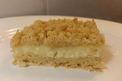 Hefekuchen vom Blech mit Pudding und Streuseln 9