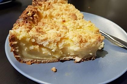 Hefekuchen vom Blech mit Pudding und Streuseln 4