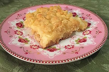 Hefekuchen vom Blech mit Pudding und Streuseln 6