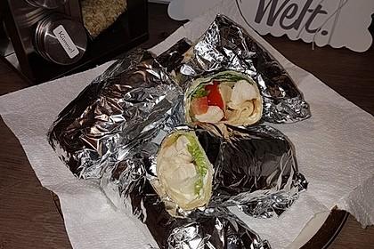 Chicken Wrap mit Gemüse, Guacamole und Crème fraîche 33