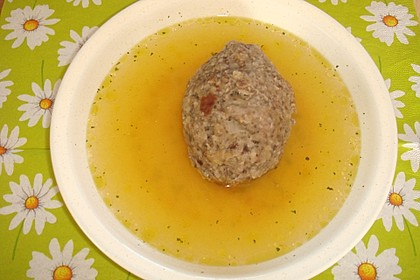 Suppeneinlage - Leberknödel 2