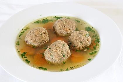 Suppeneinlage - Leberknödel 1