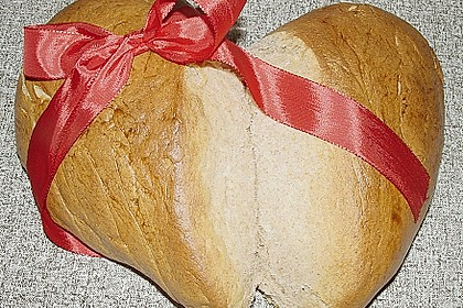Bio - Herz - Brot 1