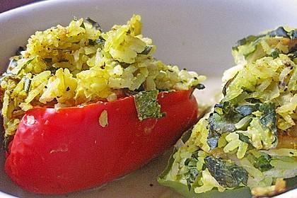 Paprika mit Geflügel - Curry - Füllung 13