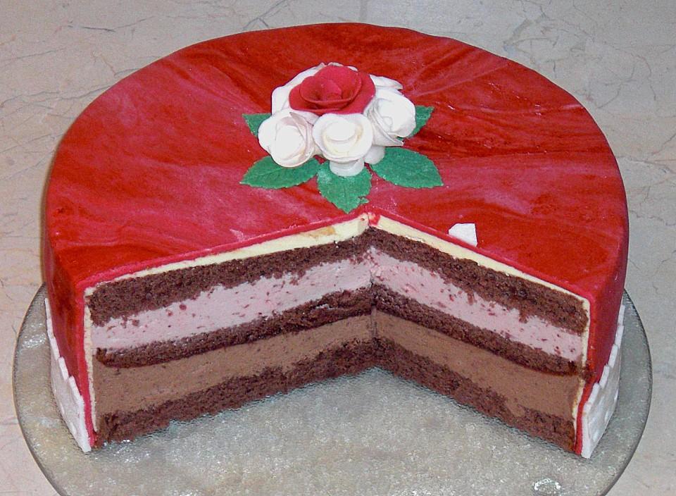 Erdbeer Schoko Torte Ein Schmackhaftes Rezept Chefkoch De