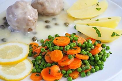 Frisches Erbsen - und Möhrengemüse 1