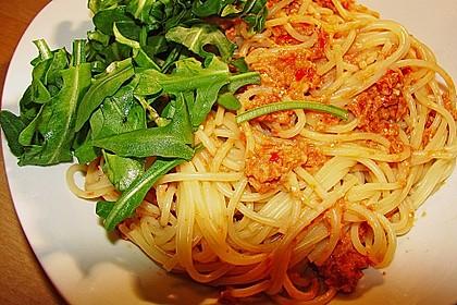 Pasta mit rotem Schafskäse - Pesto und Rucola 6