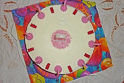 Götterspeise - Frischkäse - Torte mit Kekskrümeln 3