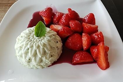 Basilikum - Quarkmousse mit Balsamico - Erdbeeren 6