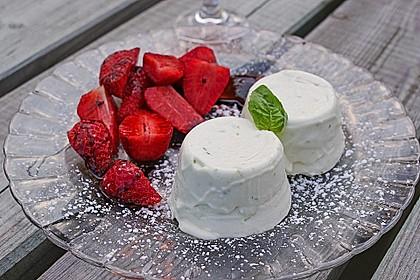 Basilikum - Quarkmousse mit Balsamico - Erdbeeren 2