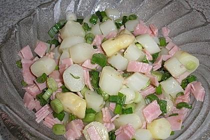 Spargelsalat mit Lauchzwiebeln und Schinken 1