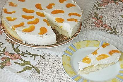 Pfirsich - Joghurt Torte mit Vanillehauch 12