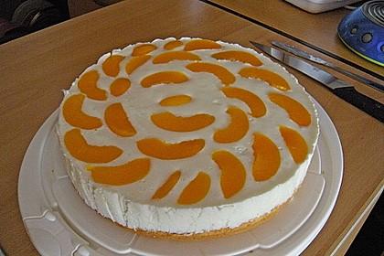 Pfirsich - Joghurt Torte mit Vanillehauch 4