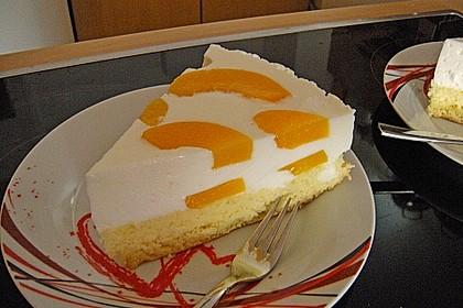Pfirsich - Joghurt Torte mit Vanillehauch 5