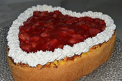 Schmand - Joghurt - Kuchen mit Rhabarberhaube 1