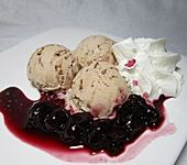 Leichtes Joghurt - Stracciatella Eis (Bild)