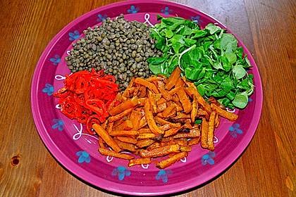 Feldsalat mit Belugalinsen und lauwarmen Süßkartoffeln 12