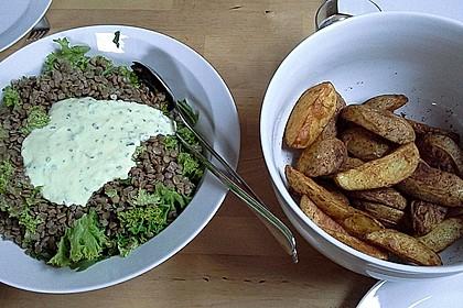 Feldsalat mit Belugalinsen und lauwarmen Süßkartoffeln 11