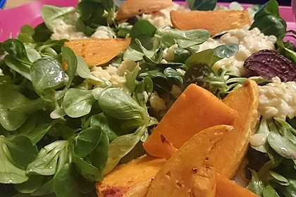 Feldsalat mit Belugalinsen und lauwarmen Süßkartoffeln 6