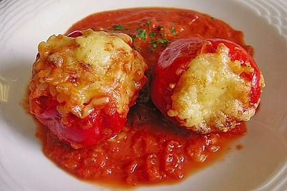 1A gefüllte Paprikaschoten mit Tomatenrahmsoße 1