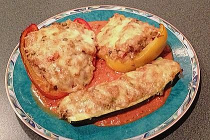 1A gefüllte Paprikaschoten mit Tomatenrahmsoße 52