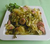 Wirsing - Kartoffel - Topf mit geräucherten Mettenden (Bild)
