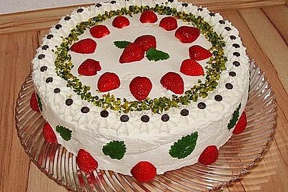 Pistazien - Erdbeer - Torte 4
