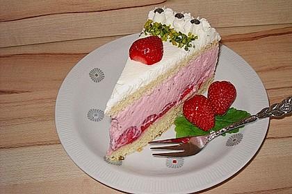 Pistazien - Erdbeer - Torte 6
