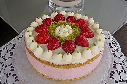 Pistazien - Erdbeer - Torte 1