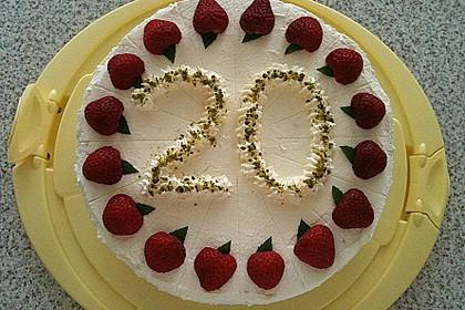 Pistazien - Erdbeer - Torte 10