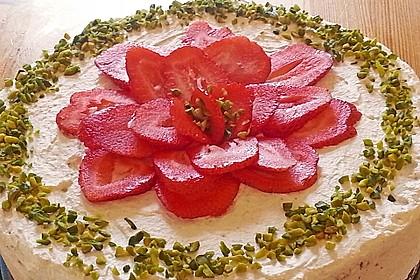 Pistazien - Erdbeer - Torte 11
