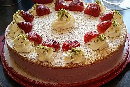 Pistazien - Erdbeer - Torte 2