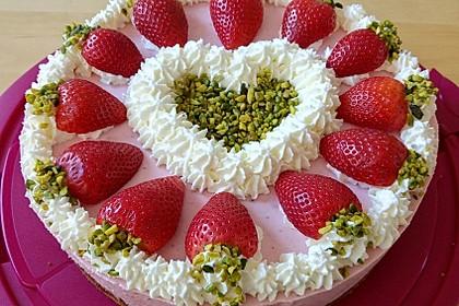 Pistazien - Erdbeer - Torte
