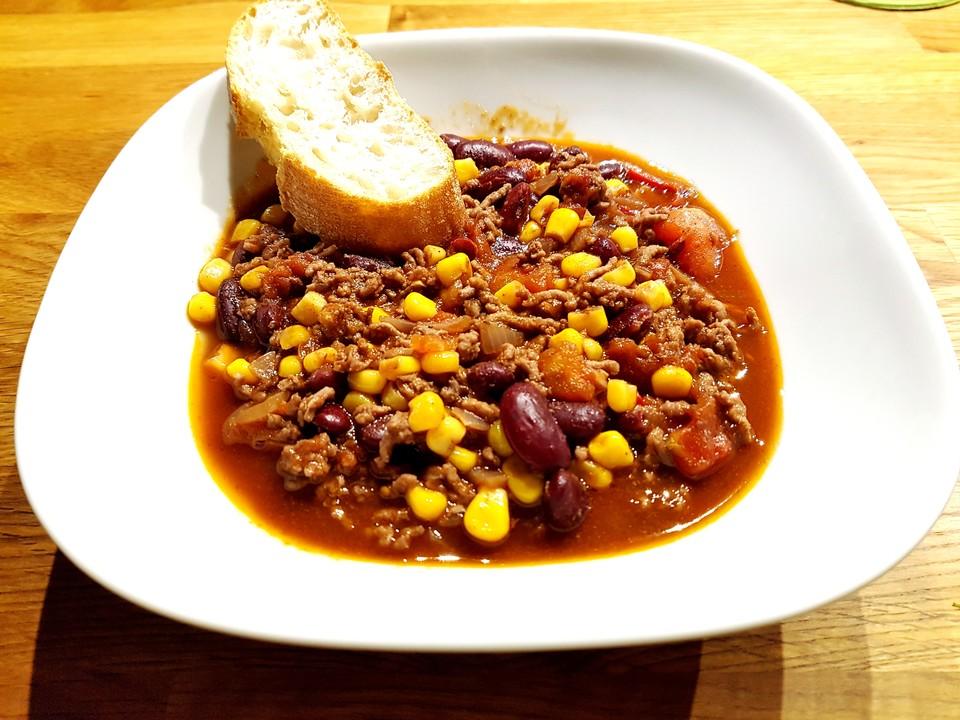 Chili Con Carne Mit Viererlei Chili Sorten Und Schokolade Von