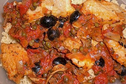 Seebarschfilet mit Oliven - Tomaten - Sauce