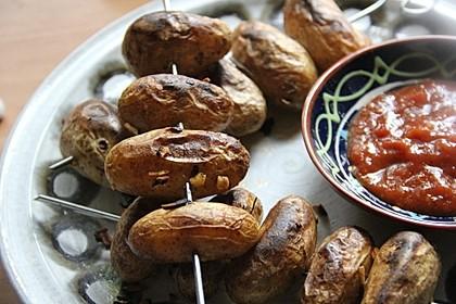 Feurige Kartoffelspieße vom Grill 9
