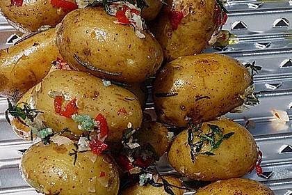 Feurige Kartoffelspieße vom Grill 1
