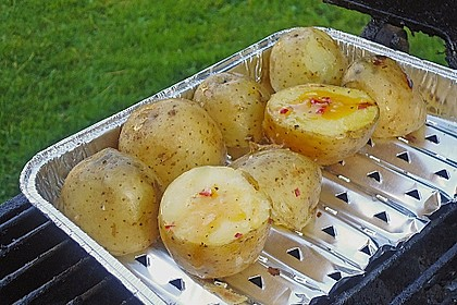 Feurige Kartoffelspieße vom Grill 19