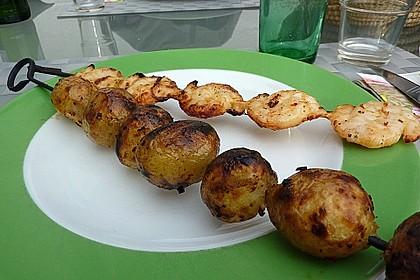 Feurige Kartoffelspieße vom Grill 12