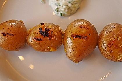 Feurige Kartoffelspieße vom Grill 10