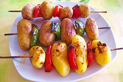 Feurige Kartoffelspieße vom Grill 7